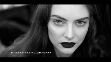 ERMANNO-SCERVINO-•-Women's-FW-2015-16-Backstage-Show